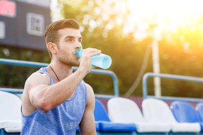 مزایای نوشیدن آب قلیایی
